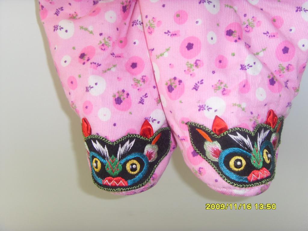 手工制作婴幼儿棉衣棉裤,虎头帽,鞋子
