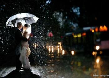 怎么拍浪漫的雨中婚纱照 五步技巧拍摄手法