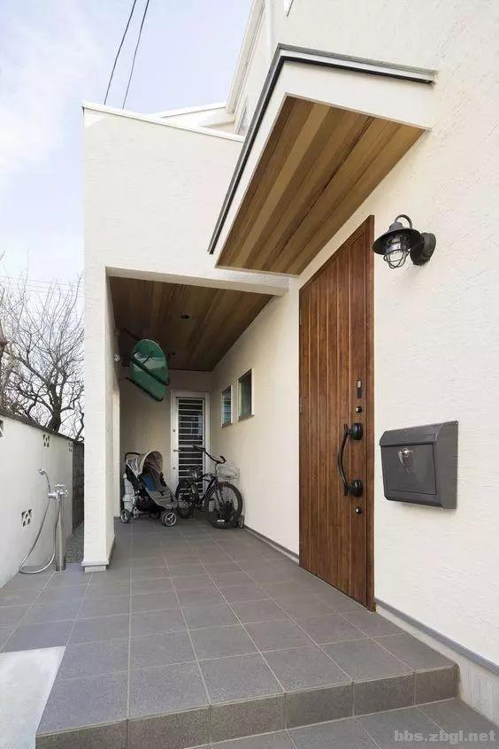 入户门外打柜子,在日本很流行,为什么国内小区却不允许?-3.jpg