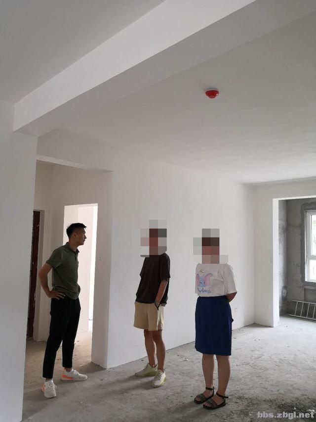 城南壹号量房中:140㎡经典四室户型,打造美而不腻的轻奢风-3.jpg