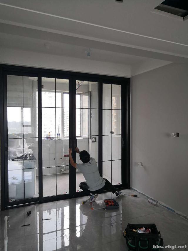 厨房推拉门安装:地轨和吊轨,哪个使用的更多-2.jpg