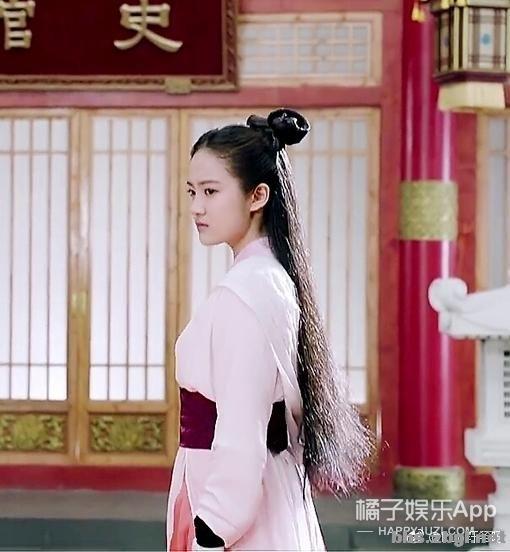 还记得《你好旧时光》里的凌翔茜吗?她现在长这样-11.jpg