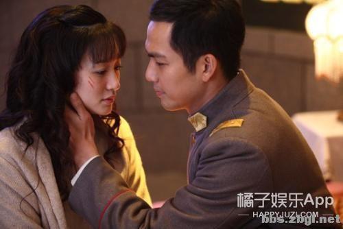 陈星旭张婧仪因戏生情?新剧互动甜炸初具爆相,正主摁头嗑糖-37.jpg