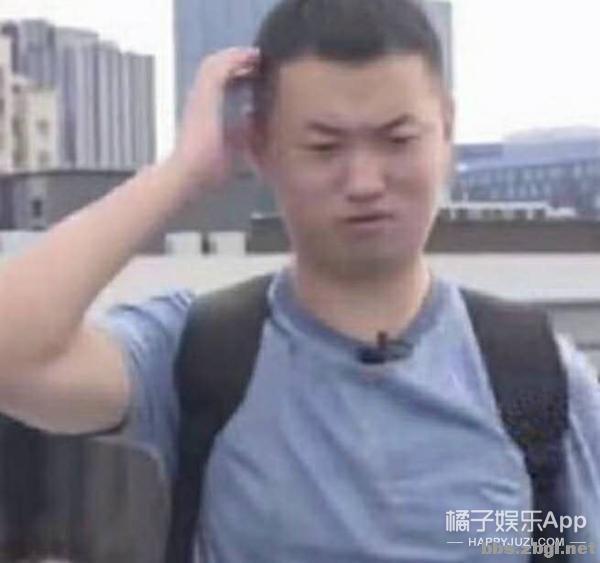 盘点历届金鹰女神造型!赵丽颖当之无愧天花板,王珞丹翻车最夸张-19.jpg