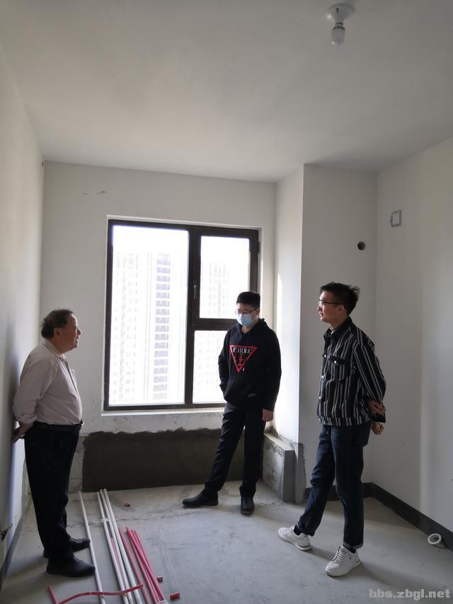 设计案例:济南财富壹号轻奢法式风格,壁炉造型电视墙简洁又漂亮-22.jpg