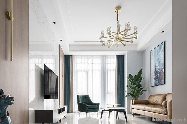 130㎡实拍装修案例:电视背景墙大理石+黄铜做装饰,简约轻奢-6.jpg