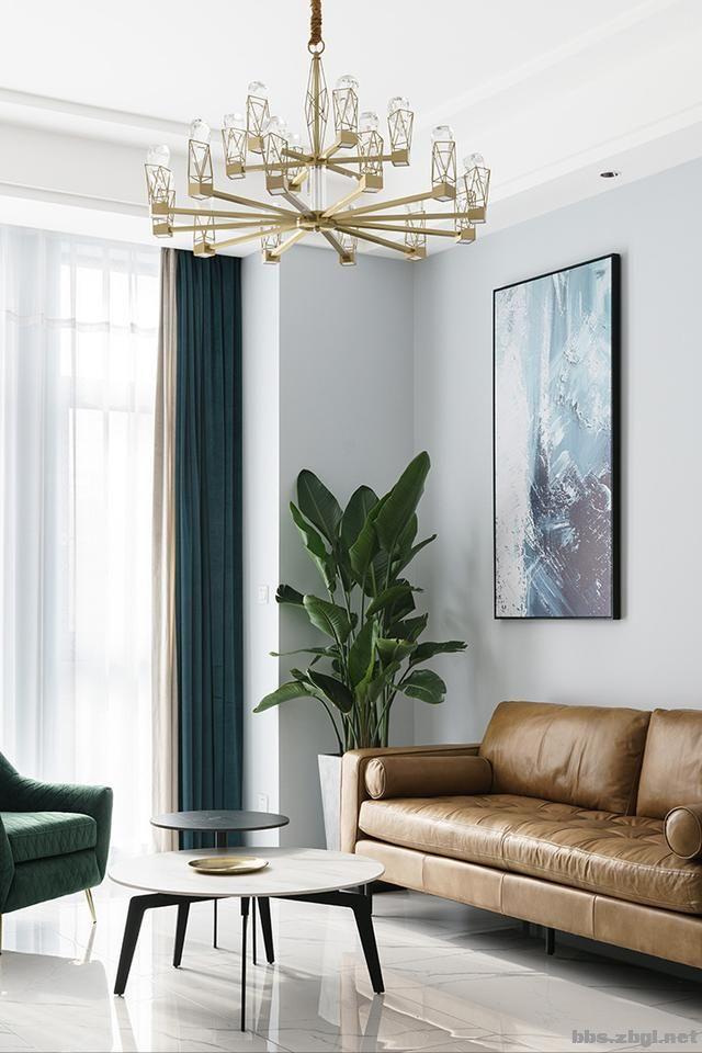 130㎡实拍装修案例:电视背景墙大理石+黄铜做装饰,简约轻奢-11.jpg