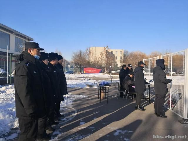 严冬开训伴风雪 号令如铁展翅飞 ——2020年山东省警用无人机培训班冬训掠影之一-9.jpg