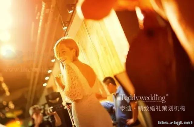 如何办婚礼最省钱?8个最厉害的方法教给你!-14.jpg