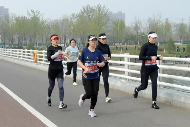 淄博市公安局成功举办全市公安机关第二届(第二期)迷你马拉松赛-5.jpg
