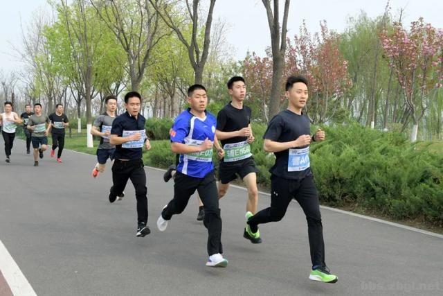 淄博市公安局成功举办全市公安机关第二届(第二期)迷你马拉松赛-10.jpg