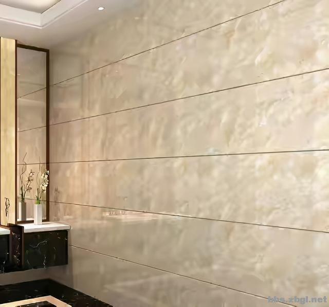 不听父母劝阻,坚持客厅墙面贴瓷砖,入住2年后真香-4.jpg