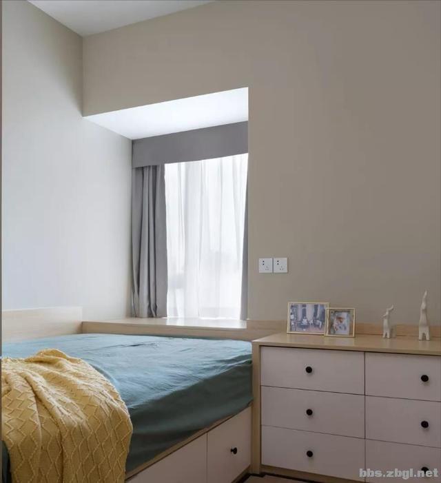 夏季北欧风:全房天蓝色墙面搭配马卡龙色,居住后真的很清爽-9.jpg