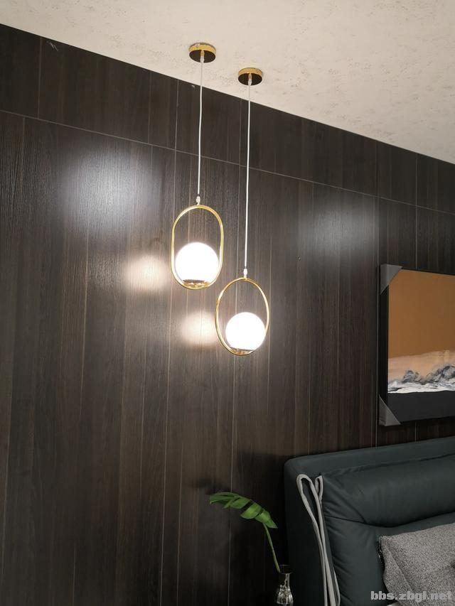 别再考虑用大白墙做床头背景墙了,设计师分享10种,实用还出效果-25.jpg