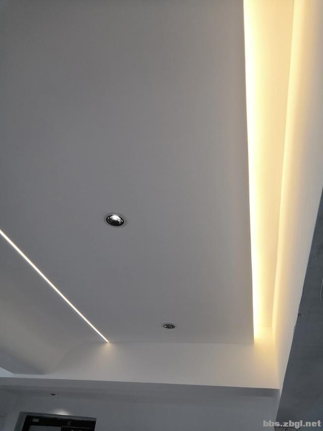 别再考虑用大白墙做床头背景墙了,设计师分享10种,实用还出效果-27.jpg