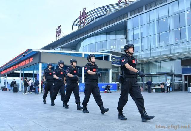 全市公安机关圆满完成中秋节安保维稳任务-2.jpg